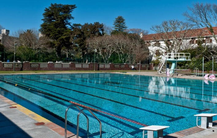 About us wynberg girls high school for Waterloo rec centre swimming pool